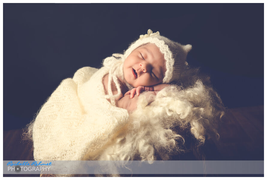 Meet 2 week old Aleeha | Newborn Photographer Point Cook-Melbourne